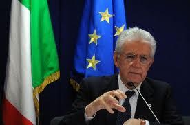 Quidam italien dans Italie Monti-prend